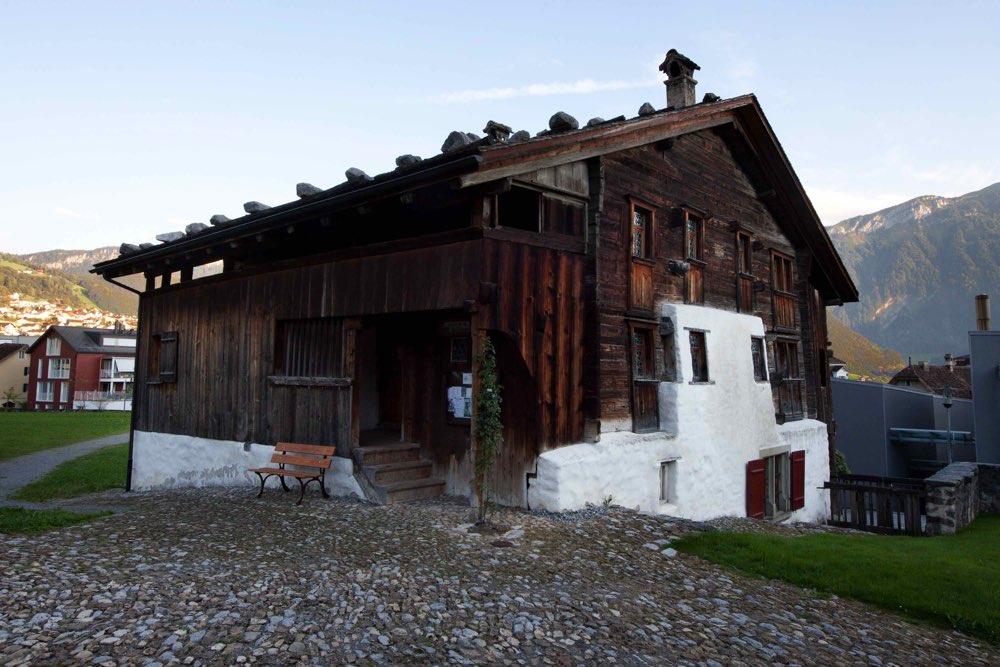 La casa de madera m s antigua de europa maderea - Propiedades de la madera ...