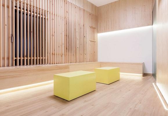 Dise o interiores madera maderea for Diseno puertas de madera interiores