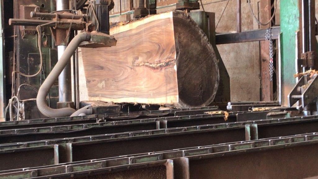 madera aserrada tropical